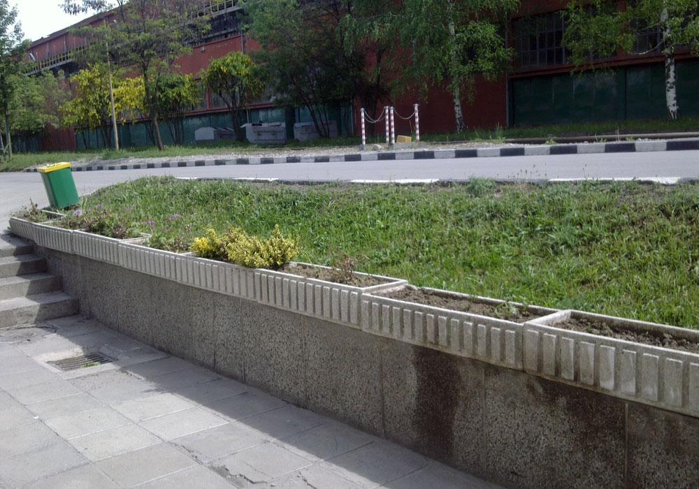 """Завод """"Стомана"""" - изграждане и поддръжка на зелени площи."""
